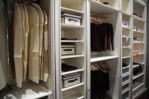 Kathie Lee & Hoda: Organization Tips & Organized Living Closet Review