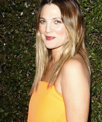 GMA: Drew Barrymore's Weight Loss Secret & Zaggora Hot Pants Review