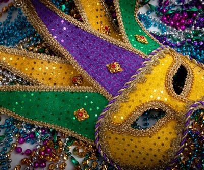 The Talk: Edwin Edwards The Governor's Wife Review & Mardi Gras Gifts