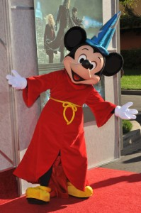 Ellen: Tayt Andersen Is Ellen's Boyfriend, Disneyland & $10,000 Gift