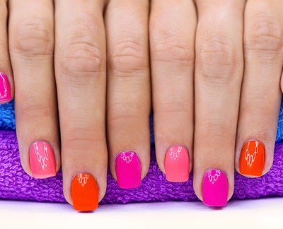 Dr Oz: Gel Manicures Can Cause Staph Infections & Thin Nails by 50%