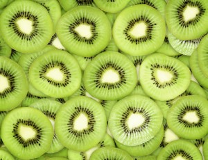 Dr Oz: Kiwi Energy Boost, Kiwi Salsa & One Minute Wake Up Exercises