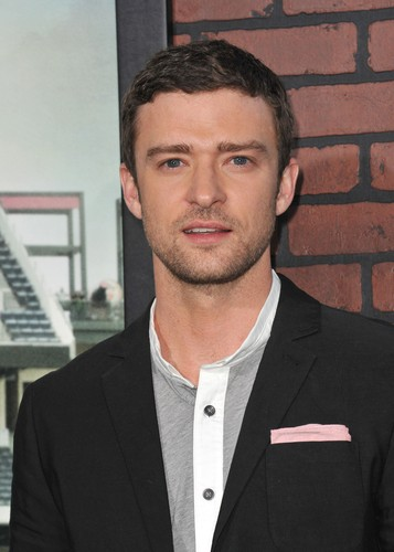 GMA Pop News highlighted the new Justin Timberlake single, best red