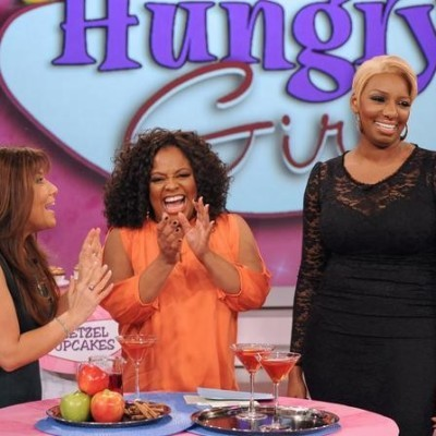 The View: Hungry Girl Artichoke Chicken & Buffalo Mac & Cheese Recipes