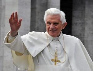 GMA: John Thavis The Vatican Diaries & Pope Benedict XVI's Resignation