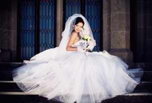 Katie: Bargain Wedding Dresses, Flowers, Invitations & Wedding Cakes
