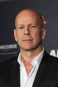"GMA: Bruce Willis ""A Good Day To Die Hard"" Review & Die Hard Stunts"