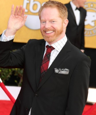 "Late Show: Jesse Tyler Ferguson Tie the Knot & Solange ""Losing You"""