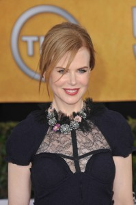 "GMA: Nicole Kidman ""Stoker Review"" & Miranda Kerr Drinks Noni Juice"