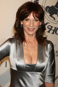 Dr Oz: Marilu Henner Avoid Menopause Symptoms & Advocate For Hydration