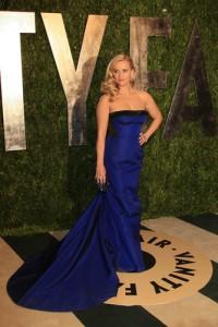 GMA: Sam & Josh Bromance Trip To L.A. & Uniquely Vintage Oscar Dresses