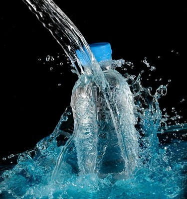 Dr Oz: What's An Aquaholic? + How Much Water Should We Drink?