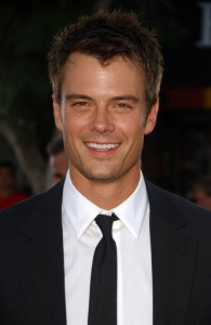 "Kelly & Michael February 13: Josh Duhamel ""Safe Haven"" Review"