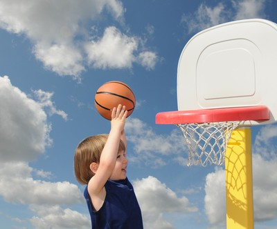 Ellen talked to a special 9-year-old named Ezra Frech who overcame some obstacles in his life to become a star athlete and break national records. (Rossario / Shutterstock.com)