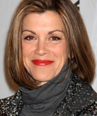 The Drs: Wendie Malick Humane Society Advocate For Saving Wild Horses