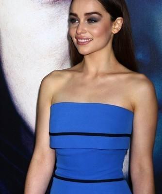 Game of Thrones: Davos Vs Melisandre & Barristan Selmy Saves Daenerys