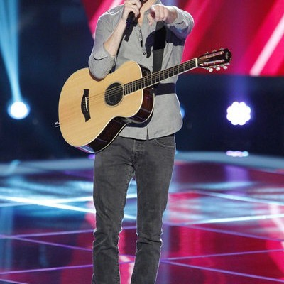 """The Voice: Christian Porter LMFAO Cover & Leah Lewis """"Blown Away"""""""