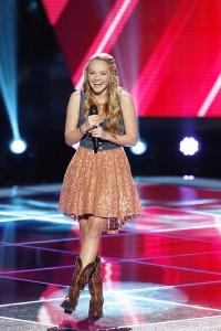 The Voice: Danielle Bradbery, Vedo & Janetza Miranda Season 4 Premiere