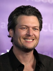 """Kelly & Michael: Blake Shelton """"Sure Be Cool If You Did"""" & """"The Voice"""""""