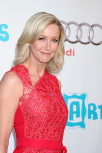 GMA: Lara Spencer Flea Market Flip & Making a Profit From Flea Markets