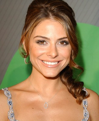 Maria Menounos came by The Talk to talk about her new book The Every Girl's Guide To Diet And Fitness and to show off her Fluffy Greek Zucchini Patties recipe. (s_bukley / Shutterstock.com)
