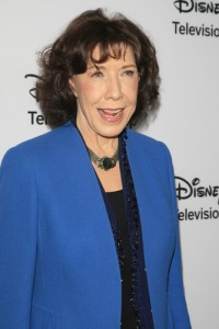The View: Lily Tomlin Wedding Rumor, Admission Review & Malibu Country