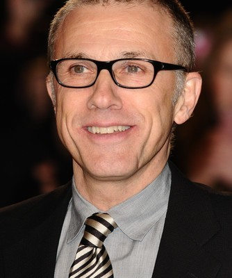 Late Night: Christoph Waltz Twitter & Super Bowl Puppy Predictor