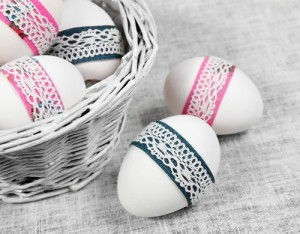 The Chew: Hard-Boiled Easter Eggs, Chocolate Bunnies & Leg of Lamb