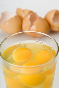 Tonight Show Meal Or No Meal: Drinking 18 Raw Eggs & Golf Ball Trick