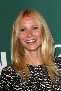GMA: Tabloids Set Gwyneth Paltrow & Chris Martin Up & New Twitter App