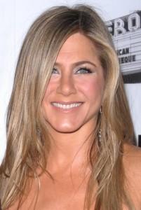 "GMA: Zac Posen Designs Gold Dress & Jennifer Aniston ""Call Me Crazy"""