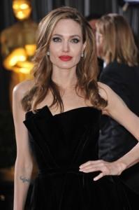 GMA: Angelina Jolie School For Girls & Ireland Baldwin Modeling Career