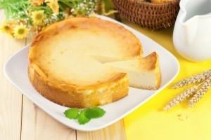 The Chew Banana Cream Cheesecake Recipe & Kyle Bornheimer Family Tools