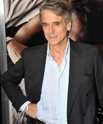Kelly & Michael April 3: Juanes Performance & Jeremy Irons The Borgias