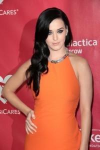 The Drs: Dangerous Black Henna Tattoos & Katy Perry Promotes Mushrooms