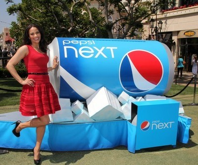 Ellen: Pepsi What You Love Contest Winner & Matthew Perry Go On Review