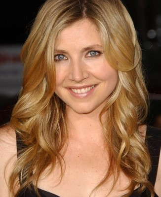 The Talk: Sarah Chalke Kawasaki Disease & How To Live With Your Parents