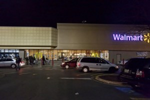 The Tonight Show: Walmart Deer Hunt & American/US Airways Merger