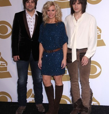 The Talk: The Band Perry, Paul McCartney's iPhone & Outnumber Hunger