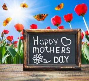 Steve Harvey: Mother-Daughter Reunion & Deserving Mom Makeovers