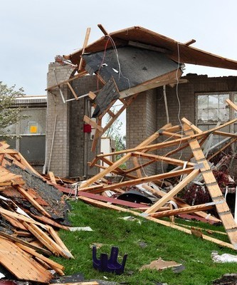 Today Show: Oklahoma Struck By EF-4 Tornado; 51 Fatalities Reported