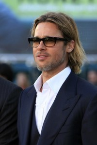 The View: Brad Pitt's Small Circle Of Friends & Mothers In New York Schools