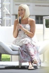 Katie's Hollywood Takeover: Tori Spelling & Eric Stonestreet