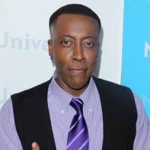 The Talk: Arsenio Hall Back to Late-Night TV & Actor Martin Landau