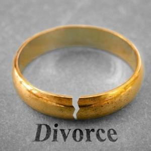 Jerry Springer: David Cheats with Monique's Cousin & Asks for Divorce
