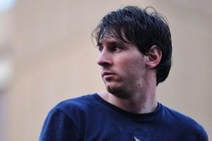 60 Minutes: Lionel Messi, Super Cartel & Luxottica Glasses Review
