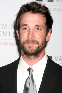 The View: Noah Wyle Falling Skies Preview & Tell My Sons Review