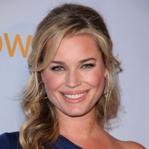 Kelly & Michael: Rebecca Romijn King & Maxwell & Truckin' Amazing Food