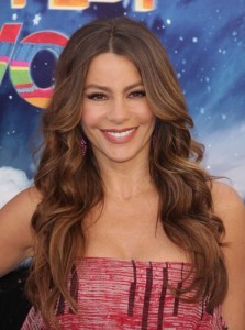 The View: Sofia Vergara Madame Tussaud's Wax Museum & Pippin Preview