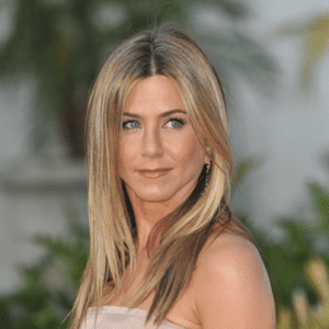 Jennifer Aniston Throws A-List Birthday Bash For Justin Theroux